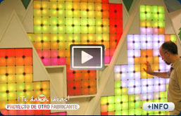 Paredes luminosas con paneles led interactivos.